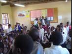 Foto tirada durante uma excursão escolar ao Mackenzie Ian High School, em Lilydale, Gazankulu, África do Sul.