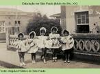 Estudantes durante aula prática, em 1908.