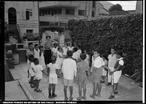 Fotos de uma reportagem sobre escola particular. Data: 24/04/1953